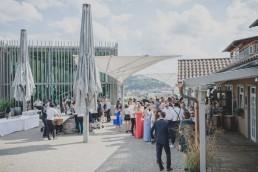 Location Weingut Hochzeit in Würzburg von Hochzeitsfotograf Conny Schöffmann Photography